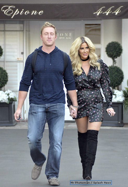 Kim Zolciak baby bump rumor