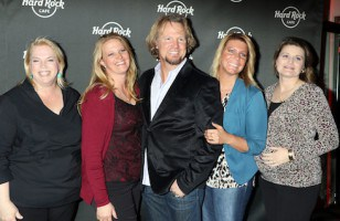VIDEO Sister Wives Meri Brown's catfish scandal drama continues in season 8 trailer
