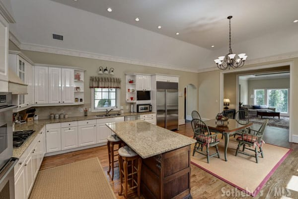 Phaedra Parks new house kitchen