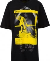 Kendall and Kylie Tupac tee shirt
