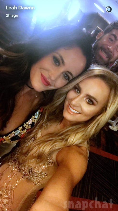 Jenelle Evans and Leah Messer together at the VMAs 2017