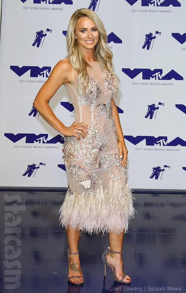 Leah Messer red carpet VMAs