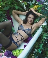 Kendall Jenner's La Perla contract 2