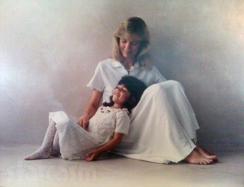 Farrah Abraham throwback_with_mom with Debra Danielsen