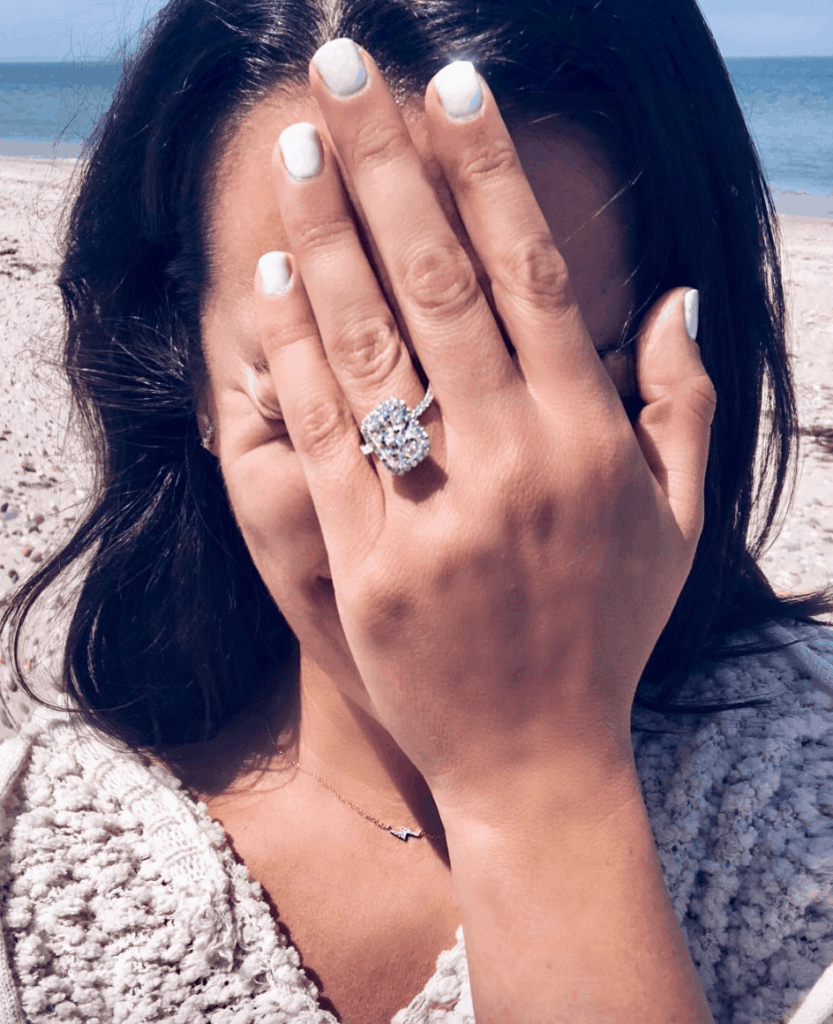 Who is Lea Michele engaged to 2018? Info about Zandy Reich fashion mogul