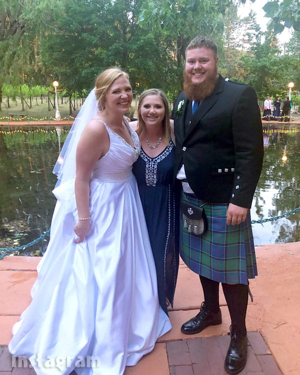 Aspyn Brown Mitch Thompson wedding photo