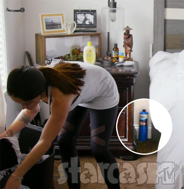 Jenelle Evans propane tank by her bed in her bedroom