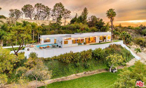 Kendall Jenner's summer house 2