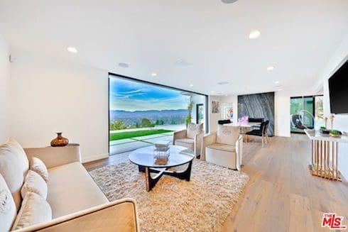 Kendall Jenner's summer house 3