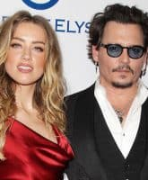 Amber Heard pooped the bed