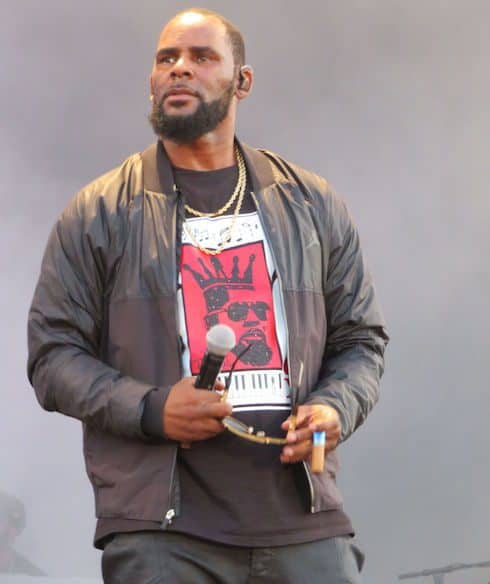 Is R. Kelly under investigation 1