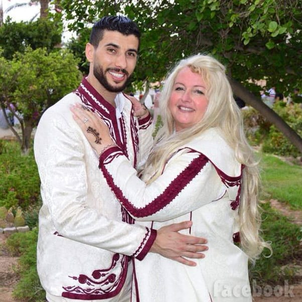 90 Day Fiance The Other Way Laura and Aladin wedding photo