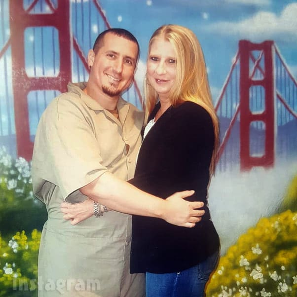 Love After Lockup Tony and Angela prison photo