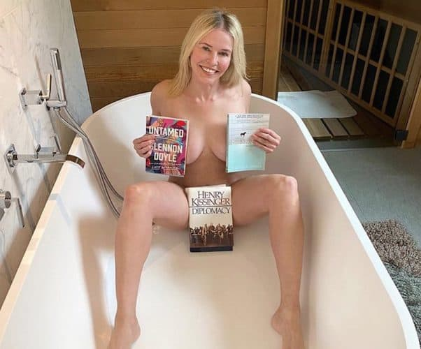 Chelsea Handler's bathtub surprise 2