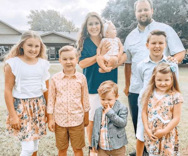 Anna and Josh Duggar now 4
