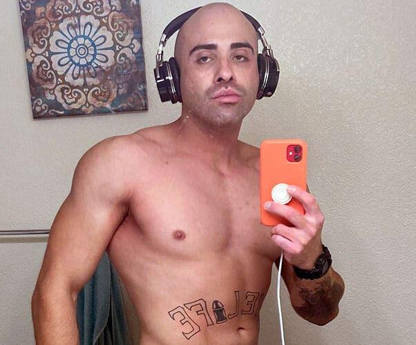 Love After Lockup Life After Lockup Vince Gonzalez earphones